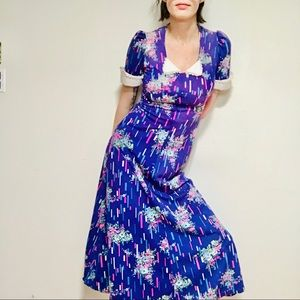 VINTAGE Floral Maxi Dress w/ collar and waist tie